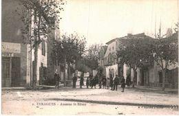 EYRAGUES ... AVENUE SAINT REMY - France