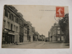 CPA6-1 - Carte Postale Ancienne - Bourgtheroulde (Eure) - Le Bourg - Enseigne P.Cléon - Other Municipalities