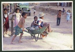 Nicaragua. *Programa De Capacitación De Refugiados Salvadoreños* Lote 8 Diferentes. Nuevas. - Nicaragua