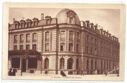7. ARRAS . L'HOTEL DES POSTES . CARTE NON ECRITE - Arras