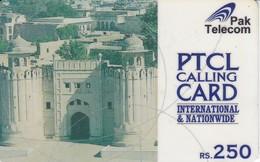 TARJETA DE PAKISTAN DE RS.250 DE PAK TELECOM (rozada Y Con Marcas) - Pakistán