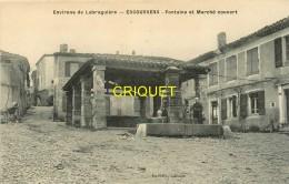 81 Escoussens, Fontaine Et Marché Couvert, Femme Qui Puise De L'eau.... - France