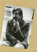 L'écrivain , Dessinateur Poéte Allemand  GUNTER GRASS - Identified Persons