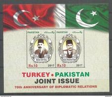 PAKISTAN 2017 SOUVENIR SHEET 70TH ANNIVERSARY OF DIPLOMATIC RELATION BETWEEN TURKEY AND PAKISTAN MNH POET - Pakistan