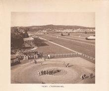 1936 - Héliogravure - Vichy (Allier) - L'hippodrôme - FRANCO DE PORT - Vieux Papiers