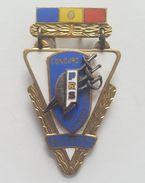 OLD COMMUNIST  ROMANIA INTERNATIONAL  FENCING  CHAMPIONSHIP 1957. PIN BADGE DISTINTIVO BROCHE INSIGNE - Scherma