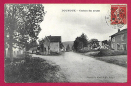 CPA Dounoux - Croisée Des Routes - France