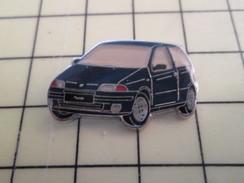 Pin611a Pin's Pins / Beau Et Rare / AUTOMOBILE : FIAT PUNTO NOIRE - Fiat