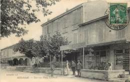 Miramas . Une Vue Place Centrale . - France