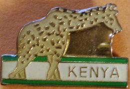 Z  282 )...VILLES ET PAYS ETRANGERS //......KENYA......GIRAFE - Villes