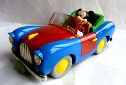 VOITURE 113 DE MICKEY -  BURAGO - 1/18 ème WALT DISNEY - Corgi Toys