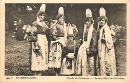 - Finistere -ref-D846- Le Guilvinec - Jeunes Filles - Etude De Costumes -  Costume - Coiffe - Coiffes - Folklore - - Guilvinec