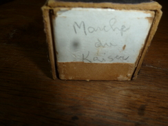 Rouleau Ancien Pour Piano Mécanique  PHONOLA 9029  Marche Du Kaiser (Kaiser Friedrich-Marsch), De Friedemann - Objets Dérivés