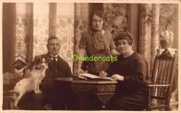 CARTE DE PHOTO FOTOKAART TIENEN TIRLEMONT FAMILLE CHIEN DOG HOND JEAN LEYSSENS - Tienen