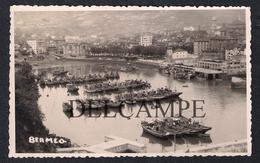 REAL PHOTO POSTCARD ESPAÑA SPAIN BERMEO FISHING BOATS BARCOS DE PESCA - 1950'S - Vizcaya (Bilbao)