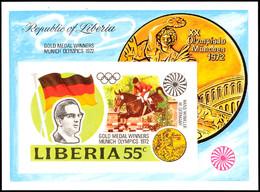 10504 55 C. Olympiade München 1972, Goldmedaillengewinner Springreiter Hans Günter Winkler, Blockausgabe Ungezähnt Statt - Liberia