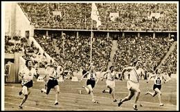 "10570 1936, Sommer-Olympiade, Amtliche Bildpostkarte ""Siegerin Helen Stephens (U.S.A.) Im 100 M Endlauf. (Goldene Medail - Postcards"