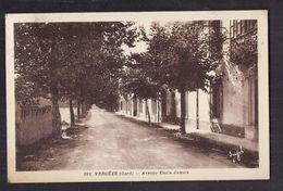 CPA 30 - VERGEZE - Vergèze - Avenue Emile-Jamais - TB PLAN De Rue Avec B PLAN Habitations à Droite Oblitération 1943 - Vergèze