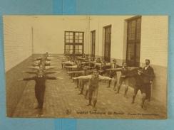 Institut Technique De Namur Classe De Gymnastique - Namur