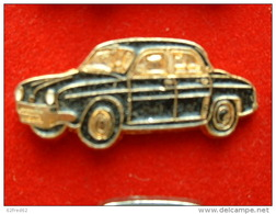 PIN'S   RENAULT DAUPHINE NOIRE FOND OR - Renault