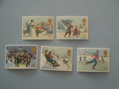 1990 Grande Bretagne Yv 1494/8 ** Noël Christmas Scott 1340/4  Michel 1300/04  SG 1526/30 - Neufs