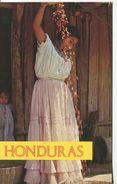 Campesina Aventando Frijoles (002548) - Honduras