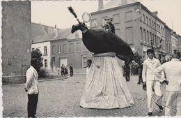 CPSM Ath. Folklore. Vue Animée. L'Aigle. Photo Thill - Ath
