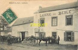 44 Beslé, La Laiterie, Très Beau Plan Animé Avec Charrettes De Livraison, Affranchie 1906 - France