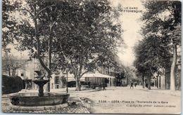 30 - UZES -- Place De L'Esplanade De La Gare - Uzès