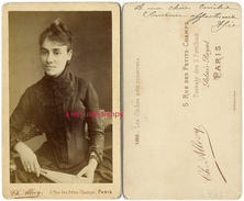 CDV En 1888-joli Portrait De Femme-éventail-mode-photo Ch.Allevy Rue Des Petits Champs à Paris - Famous People