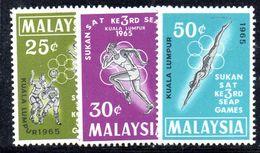 Y1913 - MALAYSIA  1965, Serie N. 30/32 ***  Sport - Malesia (1964-...)