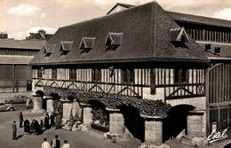 76 ROUEN  PLACE DU MARCHE ET STATUE DE JEANNE D'ARC - Rouen