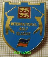 INTERNATIONAL GOLF CLASSIC   NORMANDIE  BLASON En ZAMAC - Golf
