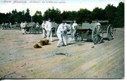N°60484 -cpa Armée Allemande -artillerie-la Toilette Des Canons- - Ausrüstung