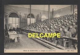 DF / MILITARIA / CASERNES / 78  SAINT-CYR L' ECOLE / ECOLE MILITAIRE / AMPHI DE CHIEN VERT / ANIMÉE - Barracks