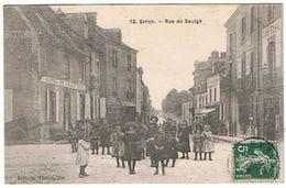 53....EVRON--- RUE  DE  SAULGE 1908 HOTEL DE L AIGLE D OR  ET COIFFEUR - Evron
