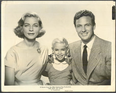 ROBERT STACK EVELYN RUDIE LAUREN BACALL - Vintage PHOTO (The Gift Of Love) -Printed In USA 25,5 X 20 Cm (VFS-02) - Reproductions