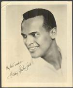 HARRY BELAFONTE - Vintage PHOTO Autograph REPRINT - 21 X 25,5 Cm (VFS-03) - Reproductions