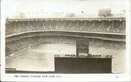 83673 US NEW YORK CITY THE YANKEE STADIUM DAMAGED POSTAL POSTCARD - Ohne Zuordnung