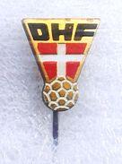 Pins/badges-vintage,rare,quality -  HANDBALL FEDERATION OF DANMARK. - Handball