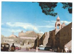 CP ANIMEE, L'ENTREE DE L'EGLISE DE LA NATIVITE A BETHLEEM, BUS AUTOBUS CAR AUTOCAR, PALESTINE - Palestine