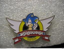 Pin's Sonic Sur Console SEGA - Jeux