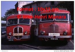 Reproduction D'une Photographie De Deux Anciens Bus Delahaye Ligne Cannes à Vallauris Et Vallauris Golfe Juan En 1967 - Reproductions