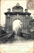 Cp Blérancourt Aisne, Porte Interieure Du Chateau, Partie Am Tor - France