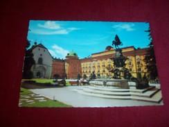 AUTRICHE / OSTERREICH  / THEME LES FONTAINES °  INNSBRUCK LEOPOLDSBRUNNEN MIT HOFKIRCHE UND HOFBURG - Austria