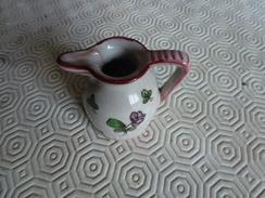 Petit Broc En Porcelaine De Perugia - Perugia (ITA)
