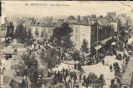 MONTLUCON , Place Denis Papin , CPA ANIMEE - Montlucon