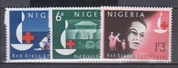 NIGERIA   1963            N /   143 / 145       COTE   4 . 70      EUROS              (  E 158 ) - Nigeria (1961-...)