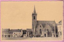 L150A_685 - Flobecq - Eglise Et Coin De La Place - Flobecq - Vloesberg