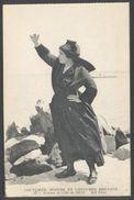 Femme De L'Ile De Sein - Coutumes Mœurs Et Costumes Bretons - ND Phot. N° 94 - Voir 2 Scans - Costumes